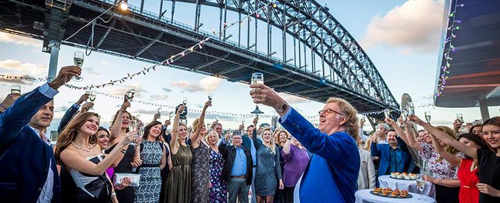 Sydney Showboat Cruises